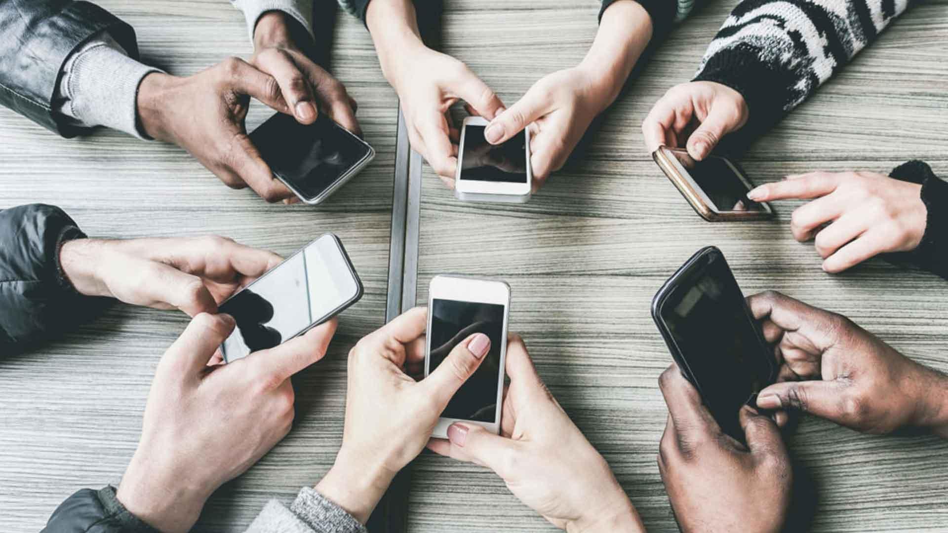 Millennials-e-Generazione-Z-Nativi-digitali